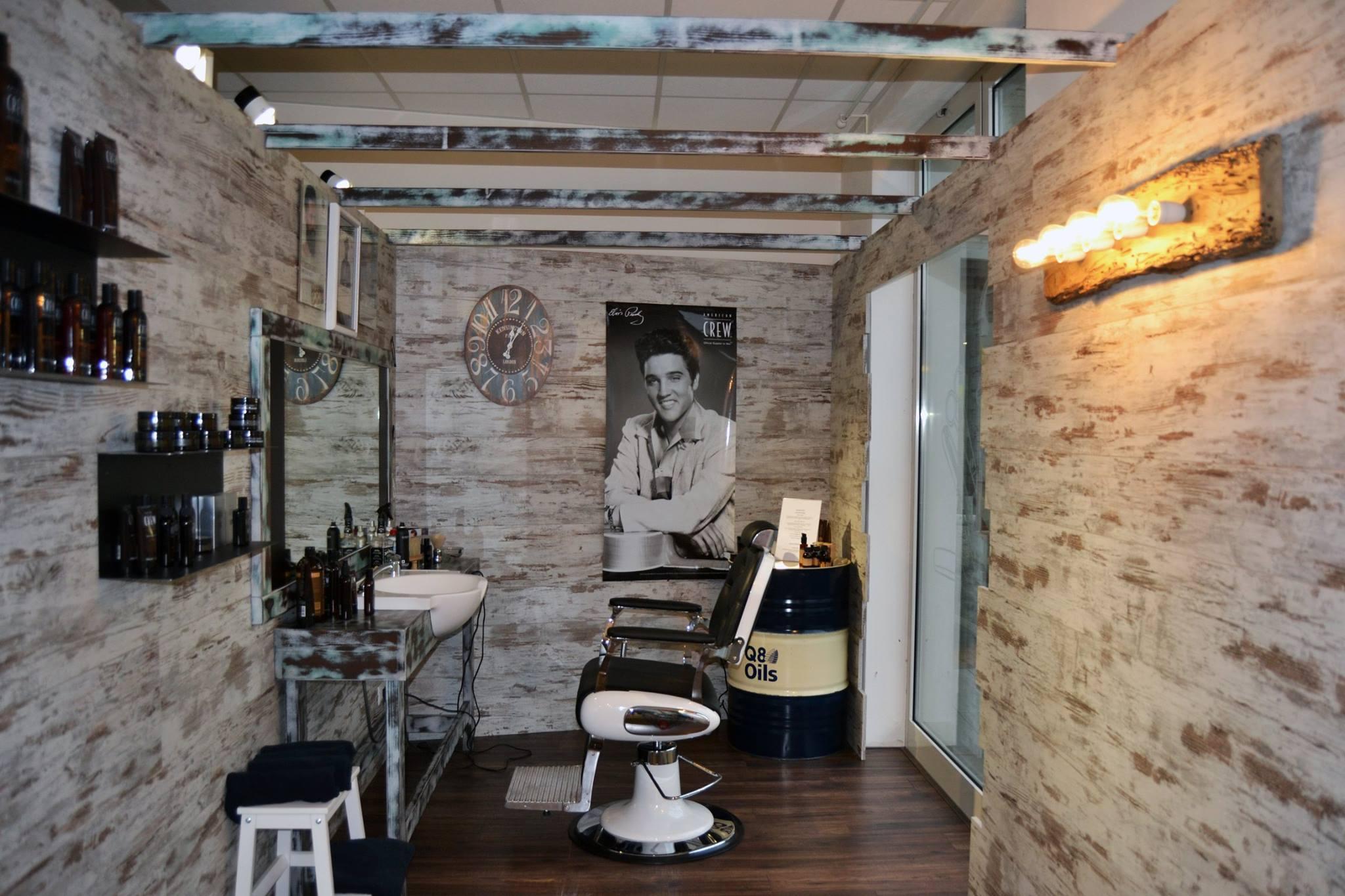 Barber shop atmosfera industrial shabby per questo for Arredamento barber shop